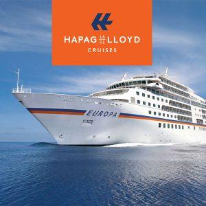 Bild der Europa 2 auf dem Meer mit Logo von Hapag Lloyd Cruises
